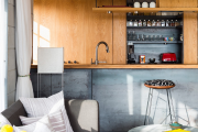 Фото 1 Варианты зонирования и дизайн для кухни-гостиной площадью 15 кв. метров