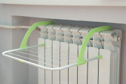 Фото 30 Лиана для сушки белья на балконе: обзор конструкций и варианты установки
