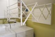 Фото 4 Лиана для сушки белья на балконе: обзор конструкций и варианты установки