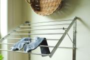 Фото 7 Лиана для сушки белья на балконе: обзор конструкций и варианты установки