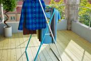 Фото 13 Лиана для сушки белья на балконе: обзор конструкций и варианты установки