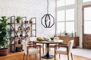 Фото 3 Свет гастрономии: обзор стильных кухонных интерьеров с люстрой над обеденным столом