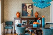 Фото 36 Свет гастрономии: обзор стильных кухонных интерьеров с люстрой над обеденным столом