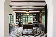 Фото 21 Нестандартные кухни: что такое дизайн вне шаблонов и обзор интерьерных трендов 2018 года