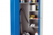 Фото 14 Компактное хранение: выбираем функциональный шкаф для пылесоса и гладильной доски