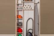 Фото 16 Компактное хранение (75+ идей): выбираем функциональный шкаф для пылесоса и гладильной доски