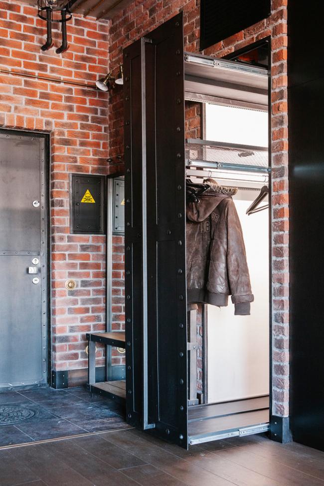 Выдвижной шкаф в дизайне прихожей