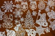 Фото 28 Трафареты на Новый год: варианты праздничного декора и лучшие идеи своими руками