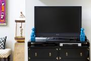 Фото 19 Тумба под телевизор в современном стиле: обзор вариантов и материалов