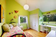 Фото 10 Интерьер бело-зеленой спальни: секреты гармоничных сочетаний и выбор декора