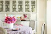 Фото 5 Зеркало в кухонном интерьере: секреты визуального расширения кухни