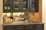 Фото 10 Зеркало в кухонном интерьере: секреты визуального расширения кухни