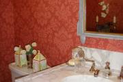 Фото 15 Этюд в алых тонах: 65+ фото классических и современных интерьеров с красными обоями