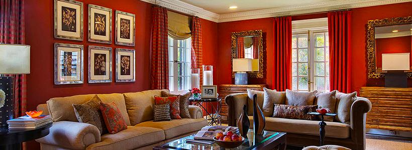 Этюд в алых тонах: классические и современные интерьеры с красными обоями