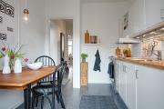 Фото 6 Светлые мини-решения: особенности дизайна кухни 10 кв. метров с балконом
