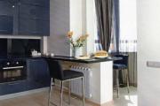 Фото 25 Светлые мини-решения: особенности дизайна кухни 10 кв. метров с балконом