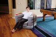 Фото 1 Надувные диваны-кровати: обзор популярных моделей и сравнение цен