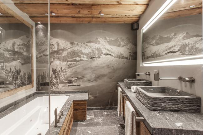 Красивые фотообои в ванной комнате