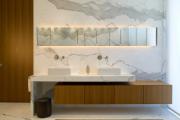 Фото 2 Альтернатива плитке в ванной: выбор экспертов — чем можно заменить кафель в санузле?