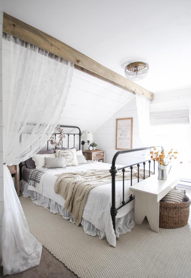Романтический образ провансовой спальни