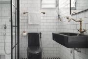 Фото 18 Черная ванная комната — тренд сезона: 65 стильных идей дизайна в черном цвете