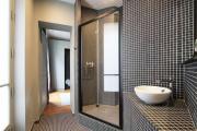 Фото 21 Черная ванная комната — тренд сезона: 65 стильных идей дизайна в черном цвете