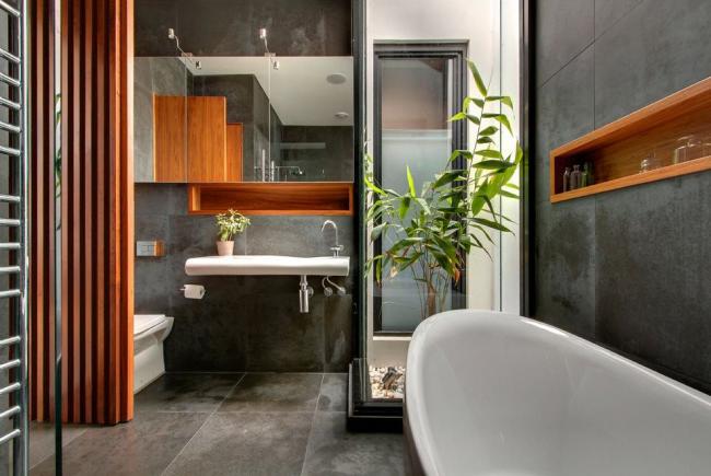 Уникальный дизайн проект интерьера в серо-черных тонах с добавлением дерева