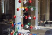 Фото 6 Делаем роскошную елочку из шаров своими руками: пошаговый мастер-класс