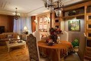Фото 22 Интерьер гостиной 22 кв. метра: планировка, цветовые гаммы и гайд по стилям