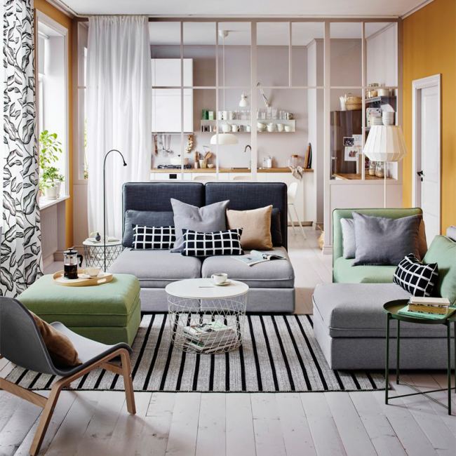 Меблировка играет большую роль в интерьере гостиной комнаты