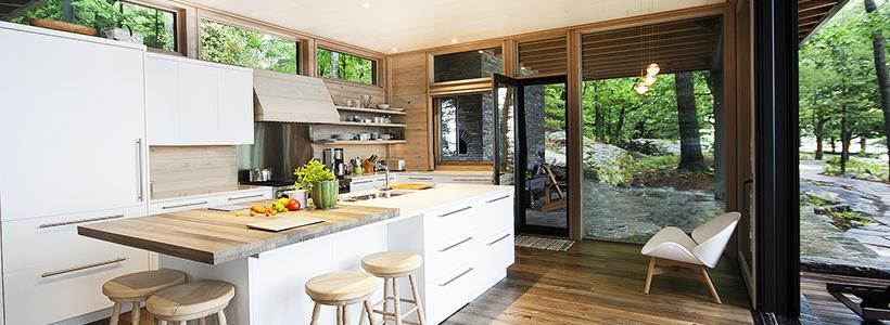Варианты функциональной планировки и дизайн интерьера кухни 17 кв. метров