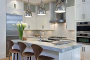 Фото 8 Варианты функциональной планировки и дизайн интерьера кухни 17 кв. метров