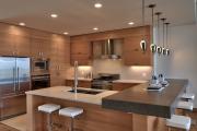 Фото 14 Варианты функциональной планировки и дизайн интерьера кухни 17 кв. метров