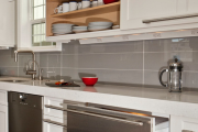 Фото 8 Прямая кухня 2,5 метра: обзор вариантов и советы по выбору правильного гарнитура