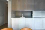 Фото 9 Прямая кухня 2,5 метра: обзор вариантов и советы по выбору правильного гарнитура