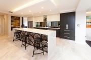 Фото 7 Создаем дизайн кухни площадью 30 кв. метров: тренды, планировки и лучшие интерьерные идеи