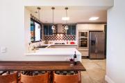 Фото 26 Интерьер кухни в стиле фьюжн (60 фото): лучшие идеи для тех, кто устал от обыденного и скучного дизайна