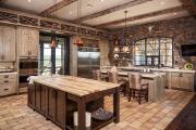 Фото 3 Альпийская романтика: 60+ теплых и уютных фотоидей для кухни в стиле шале