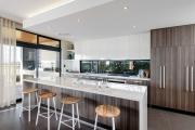 Фото 18 Дизайн кухни вдоль окна (60+ фото и идей планировки): безусловный стиль и эргономика