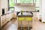Фото 21 Дизайн кухни вдоль окна (60+ фото и идей планировки): безусловный стиль и эргономика