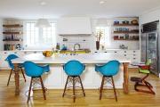 Фото 25 Дизайн кухни вдоль окна (60+ фото и идей планировки): безусловный стиль и эргономика
