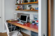 Фото 5 Маленький компьютерный стол (65 фото): лучшие компактные решения при небольшом бюджете