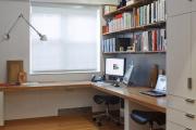Фото 8 Маленький компьютерный стол (65 фото): лучшие компактные решения при небольшом бюджете