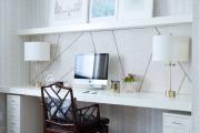 Фото 14 Маленький компьютерный стол (65 фото): лучшие компактные решения при небольшом бюджете