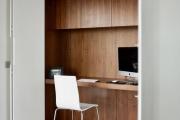 Фото 22 Маленький компьютерный стол (65 фото): лучшие компактные решения при небольшом бюджете