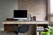 Фото 3 Маленький компьютерный стол (65 фото): лучшие компактные решения при небольшом бюджете