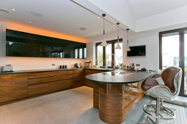 Меламиновое покрытие для мебели гарантирует хорошую защиту от повреждений