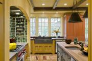 Фото 3 Дизайн кухни с нишей в стене: обзор стильных фотоидей и варианты перепланировки