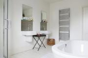 Фото 26 Чистый минимализм: 60+ лаконичных идей для ванной в скандинавском стиле