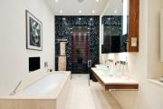 Фото 16 Стеклообои в ванной: дизайнерские особенности, преимущества и уход за ними